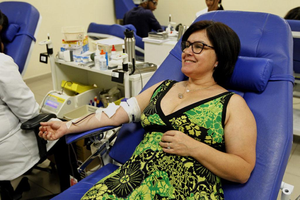 Eloíse consegui convencer as filhas e o genro a também doar sangue. Foto: Antônio More